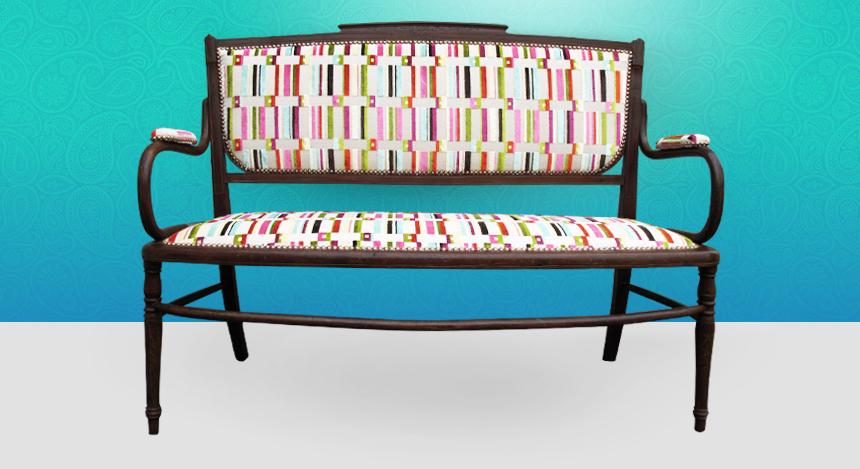 banquette de style coloniale charivari et compagnie tapissier d 39 ameublement. Black Bedroom Furniture Sets. Home Design Ideas